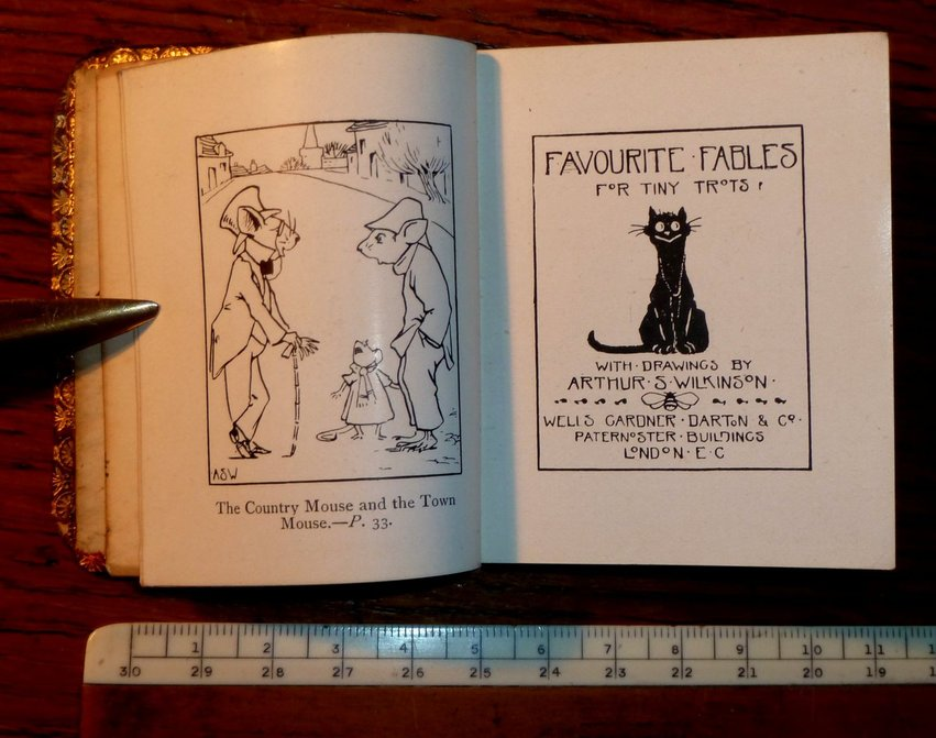 Favourite Fables for Tiny Trots