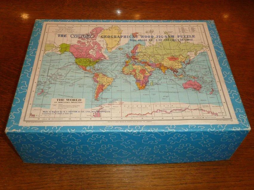 Victory Jigsaw Puzzle World 1975