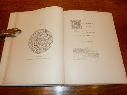 Hertfordshire Maps: A Descriptive Catalogue.