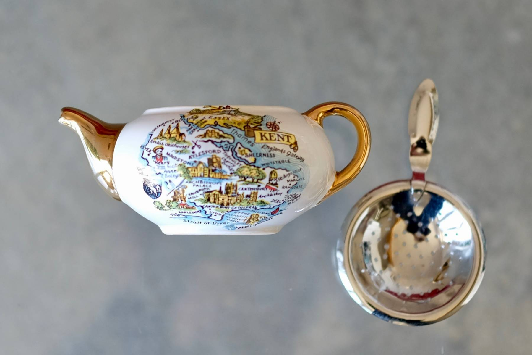 Kent Teapot and Strainer